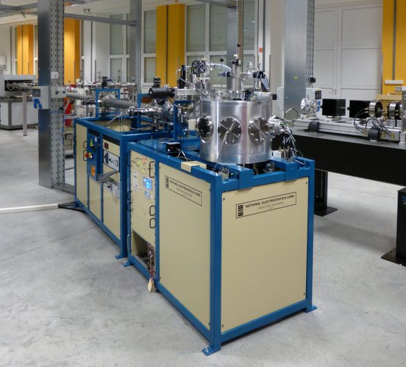 The ion beam analytical endstation allows PIXE, RBS, ERDA, IBIL, and channeling experiments. (National Electrostatics Corp.) ©  Atomki / I. Rajta